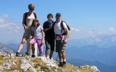 Nevenka, Jože , Žan in Ema – SAM družina